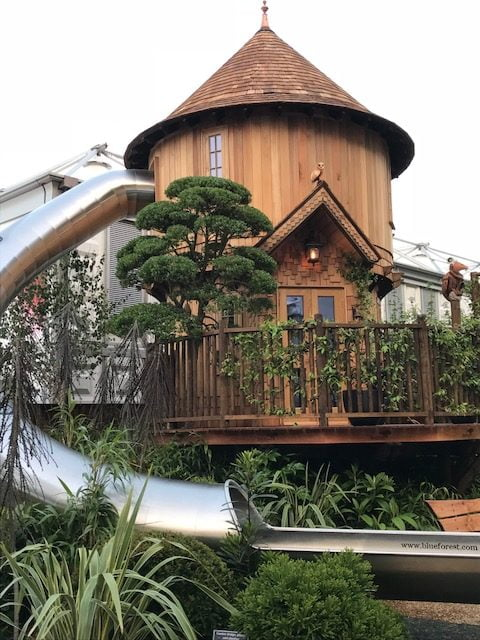 Bespoke BlueForest Tree House