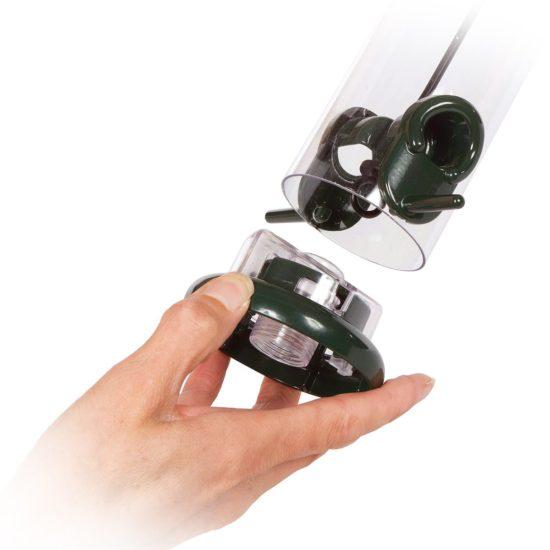 Jacobi Jayne ring pull pro feeder detachable base close up