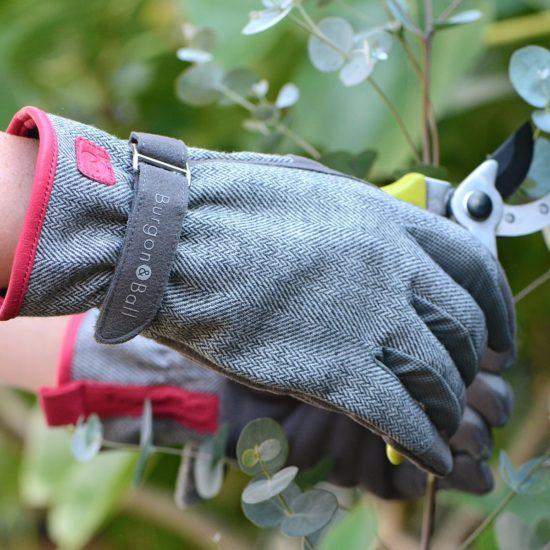 Love The Glove ladies gloves in tweed