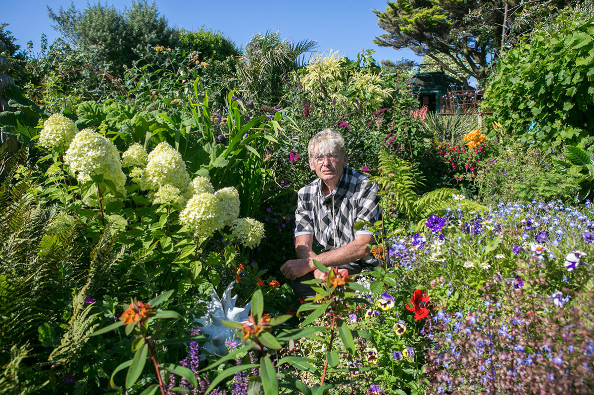 Geoff Stonebanks at Driftwood Garden